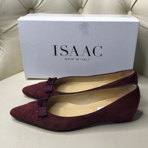 ISAAC Made in Italy Burgundy Suede Flats